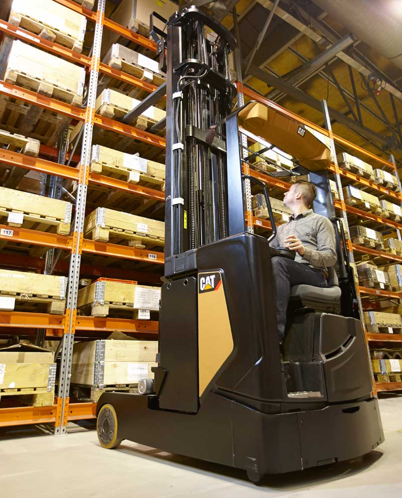 Warehouse equipment - Reach Trucks