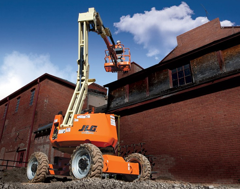 JLG - articulated boom lift
