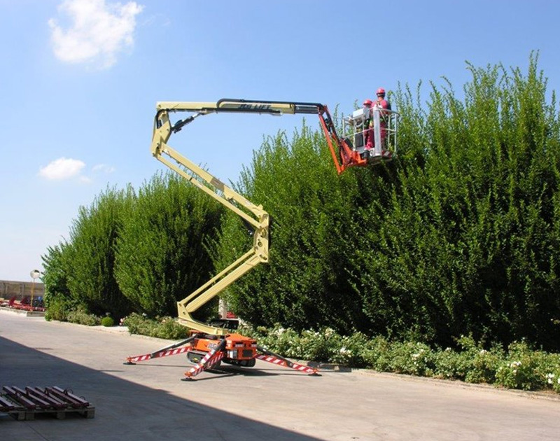 JLG - electric & hybrid boom lift